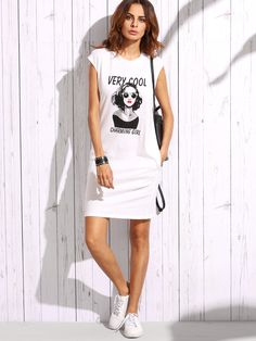 Buy it now. White Portrait Print T-shirt Dress. White Casual Cotton Blends Round Neck Short Sleeve Shift Knee Length Print Fabric has some stretch Summer Tshirt Dresses. , vestidoinformal, casual, camiseta, playeros, informales, túnica, estilocamiseta, camisola, vestidodealgodón, vestidosdealgodón, verano, informal, playa, playero, capa, capas, vestidobabydoll, camisole, túnica, shift, pleat, pleated, drape, t-shape, daisy, foldedshoulder, summer, loosefit, tunictop, swing, day, offthesho...