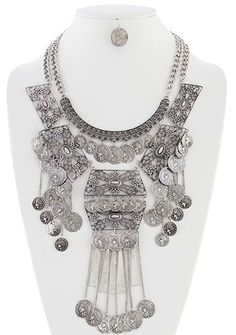 Antique Style Tribal Coin Chest Plate Necklace - ANTIQUE SILVER  http://www.bellydance.com/Antique-Style-Tribal-Coin-Chest-Plate-Necklace--ANTIQUE-SILVER_p_5700.html