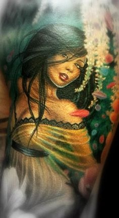 Tattoo Artist - Electric Linda - Woman tattoo