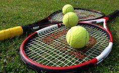 Tennis rackets and balls HD Wallpaper