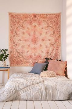 Billi Bandana Tapestry | Urban Outfitters