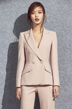 New Womens Suit Vest Pants Ideas Business Professional Outfits, Business Outfits, Office Outfits, Corporate Fashion, Business Fashion, Suit Fashion, Fashion Outfits, Lawyer Fashion, Look Blazer