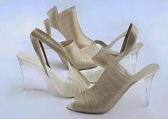 Fantasy Fashion Design: Léi Zǔ Shoe Collection, zapatos de tacón elaborados en seda