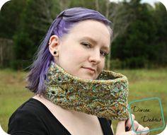 Janice Cowl free crochet pattern by DivineDebris.com