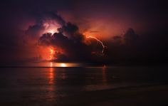 Photograph Dramatic lightnings by Daniel Chan on 500px