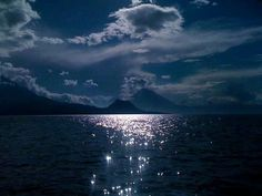 Lake Atitlan in Guatemala. Tikal, Atitlan Guatemala, Beautiful Places, Beautiful Pictures, Friends Show, Wonderful Time, Google Images, Moonlight, Landscape Paintings