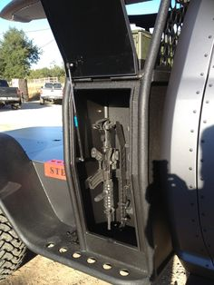 Would probably mount door to side open for cover during retrieval...pp: Spike's Tactical Custom Build