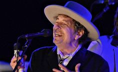 Нобелевскую премию по литературе получил Боб Дилан - РБК