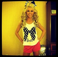 in love with her hair for cheer and her shirt cause its BARBIEEEEEE :)) (hair styles with bows cheerleading) Love Hair, Big Hair, Gorgeous Hair, Amazing Hair, Hair Bow, Cheerleading Shirts, Cheer Stunts, Cheerleading Stunting, Cheer Hair
