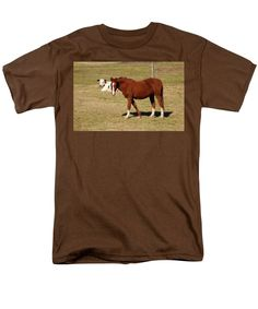 Horse Men's T-Shirt (Regular Fit) featuring the photograph Horse And Cow by Cynthia Guinn