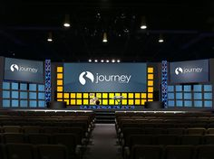 Adam Neal from Journey Church in Raleigh, NC brings us this very squarey design. Bühnen Design, Lobby Design, Design Ideas, Floral Design, Church Lobby, Church Foyer, Stage Set Design, Church Stage Design, Journey Church
