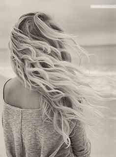 blonde wavy beach hair.. my dream hair for life.
