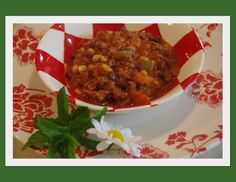 Mennonite Girls Can Cook: Hamburger Soup becomes Dinner - Amish Recipes, Beef Recipes, Soup Recipes, Healthy Recipes, Homemade Vegetable Beef Soup, Homemade Soup, Crockpot, Main Dish Salads, Leftovers Recipes