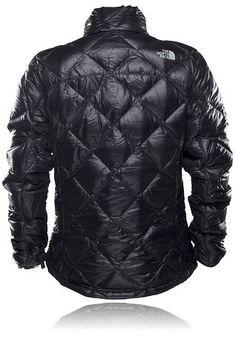 Lätt dunjacka med dragsko i nederkant och elastiska ärmslut, THE NORTH FACE W LA PAZ JKT. Jackan kan användas separat eller som ett värmande lager under en skaljacka.
