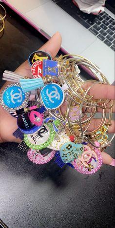 Charm Bracelets For Girls, Bangle Bracelets With Charms, Pandora Bracelets, Wrap Bracelets, Own Business Ideas, Pandora Leather Bracelet, Cute Rings, Girls Accessories, Jewellery Storage