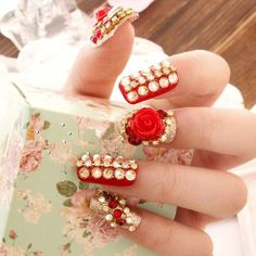 beautiful wedding nail
