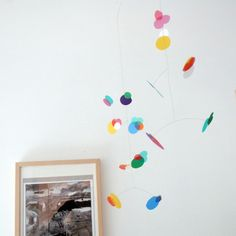 dekoration i barnrum / contemporary mobiles for kids and adults from puka puka design