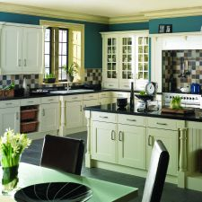 Making Kitchen Design Brighter with Modern Lighting Fixtures and Light Kitchen Colors Kitchen In, Kitchen Sink Design, Granite Kitchen, White Kitchen Cabinets, Kitchen Colors, Kitchen Ideas, Crazy Kitchen, Kitchen Islands, Cupboards