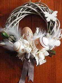 Easter Wreaths, Easter Crafts, Grapevine Wreath, Art For Kids, Diy And Crafts, Christmas Decorations, Valentines, Candles, Spring