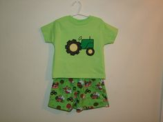applique for john deere tractor | Tractor Tshirt and Short Set-shorts,boy,toddler,tractor,applique ...