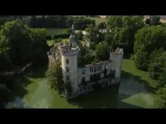 This Castle was Abandoned in 1932 after a major Fire. The Inside is Hauntingly Beautiful. (Video) — I Love Halloween