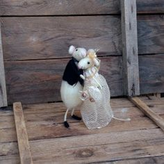 Felt mice Wedding cake topper Mouse Bride and groom by CozyMilArt, $78.87