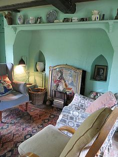 nice Sitting Room Monk& House (Virginia and Leonard Woolf& house). Virginia Woolf, Virginia Beach, Bloomsbury Group, Interior And Exterior, Interior Design, Room Of One's Own, Charleston Homes, Cottage Interiors, Eclectic Decor