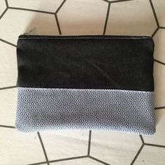 Need some grilling gift ideas?✩ Stop searching and get inspired now! ✩ Check out this list of creative present ideas for bbq and grilling fans Boutique Haute Couture, Sewing Jeans, Coin Couture, Loom Knitting, Fabric Crafts, Diy Crafts, Louis Vuitton Damier, Sewing Patterns, Zip Around Wallet