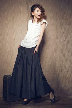 Longue jupe en lin / bleu marine à volants jupe / jupe plissée