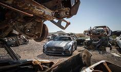 """Rakete & Supersportler: Mit einer """"Rakete"""", dem neuen Mercedes-AMG GT C Roadster, fahren wir durch die unendlichen Weiten Arizonas (USA). Link: http://www.bold-magazine.eu/mercedes-amg-gtc-roadster/  #BOLDTHEMAGAZINE #GTCRoadster #MercedesAMG #Roadtrip #Transformers #USA"""
