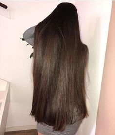 Long and thick smooth hair from Long Silky Hair, Long Dark Hair, Smooth Hair, Really Long Hair, Glam Hair, Hair Images, Beautiful Long Hair, Cool Hairstyles, Hair Beauty
