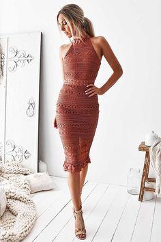 Rivers Lace Midi Dress - Mauve Nothing says class more than Rivers. This is a dress for a sophisticated event but with a little sexy at the sheer waistline. Mauve Dress, Lace Midi Dress, Bodycon Dress, Bohemian Mode, Boho Chic, Hippie Chic, Summer Outfits, Summer Dresses, Boho Fashion