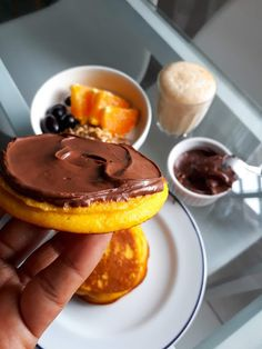 Bread Recipes, Pancakes, Food And Drink, Menu, Gluten, Nutella, Pudding, Yummy Food, Breakfast