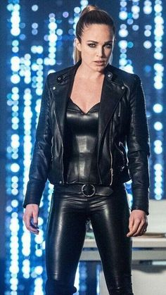 Love Women In Leather Leder Outfits, Sexy Latex, Leather Fashion, Sexy Outfits, Leather Pants, Sexy Women, Pants For Women, Clothing, Spandex