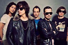 """The Strokes: Escucha su nuevo single """"One Way Trigger"""".   zicoydelia"""