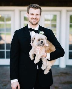 Love a bearded groom? See our favorite looks from real grooms, plus shaving and grooming tips from Project Runway's Tim Gunn. Dog Wedding, Wedding Wear, Wedding Tips, Wedding Shoot, Wedding Ceremony, Groomsmen Fashion, Groom And Groomsmen Attire, Fashion Suits, Mens Fashion