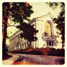 Doe Memorial Library, Blue & Gold, 1925. A hand-colored photograph from 1925. #cal #ucberkeley #doelibrary #throwbackthursday