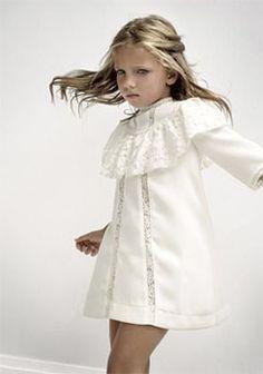 Moda Infantil y mas: - Labube - Otoño-Invierno Little Girl Fashion, Little Girl Dresses, Toddler Fashion, Kids Fashion, Girls Dresses, Winter Fashion, Toddler Dress, Baby Dress, Stylish Little Girls