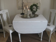 Fra shabby chic Shabby Chic, Table, Furniture, Home Decor, Asylum, Chic, Tables, Home Furnishings, Interior Design