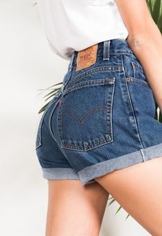 67640d9ee LEVIS HIGH WAIST Vintage Jean Denim Cuffed Shorts Authentic 24 25 26 ...
