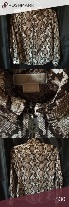 MICHAEL KORS snakeprint shirt This luxe snakeprint shirt from Michael Kors is more versatile than it looks. Can be worn atop jeans, work pants, shorts, skirts. Michael Kors Tops Button Down Shirts