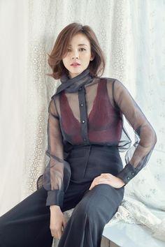 モデルのSHIHOがグラビアでエレガントながらもセクシーなコンセプトを着こなした。SHIHOは最近、ランジェリーブランドCHANTY(シャンティ) のグラビア撮影に参加した。公開された写真でSHIH… - 韓流・韓国芸能ニュースはKstyle