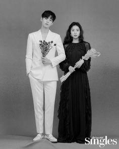 Astro's Cha Eun Woo and Shin Se Kyung on the Cover of Singles July 2019 Korean Couple Photoshoot, Pre Wedding Photoshoot, Kim Myungjun, Shin Se Kyung, Cha Eunwoo Astro, Lee Dong Min, Korean Drama Best, Korean Wedding, Kpop Couples