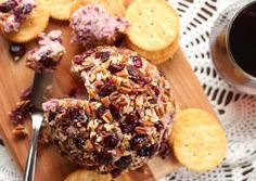 Cranberry and Pecan Vegan Cheeseball | Oh My Veggies | Bloglovin'