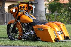 2011 Street Glide by SideWalk Custom, via Flickr - nice paint job!