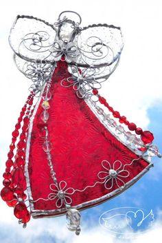 Vitrážoví andílci Christmas Ornaments, Holiday Decor, Home Decor, Decoration Home, Room Decor, Christmas Jewelry, Christmas Decorations, Home Interior Design, Christmas Decor