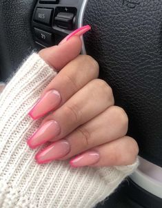 French Tip Acrylic Nails, Acrylic Nails Coffin Short, Pink Acrylic Nails, Gel Nails, Stiletto Nails, Pink Tip Nails, Nail French, Pink Manicure, Color Nails