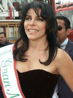Verónica Castro.