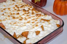 Candied Yams - Hassle Free Thanksgiving Meal use fresh sweet potatoes, poke with fork baked in oven on 350 for about and the meat just falls away from the skin! Stove Top Candied Yams, Candied Yams Easy, Candied Yams With Marshmallows, Candied Sweet Potatoes, Christmas Dishes, Thanksgiving Side Dishes, Thanksgiving Recipes, Holiday Recipes, Thanksgiving 2013