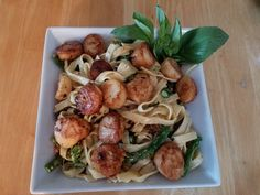 Fettuccini and scallops...this was amazing!